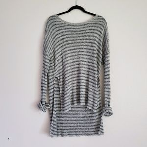 EUC volcom sweater